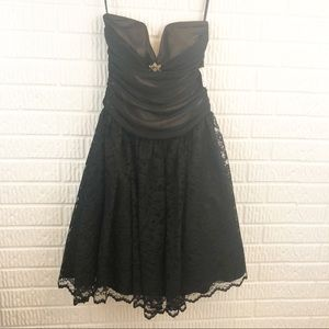 Black lace strapless Chiffon dress